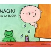 Nacho en la ducha